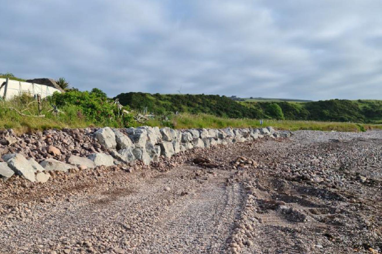 Coastal footpath 2